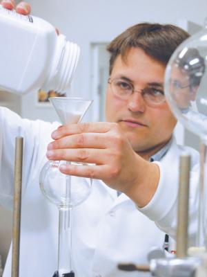 Igor Kolomitsyn in his lab at NRRI